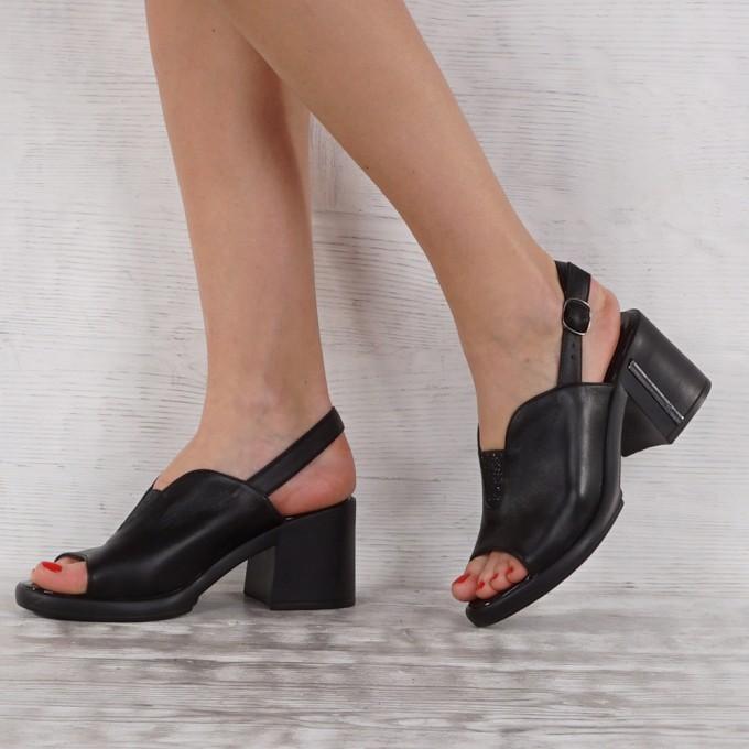 Дамски сандали естествена кожа GS 7008