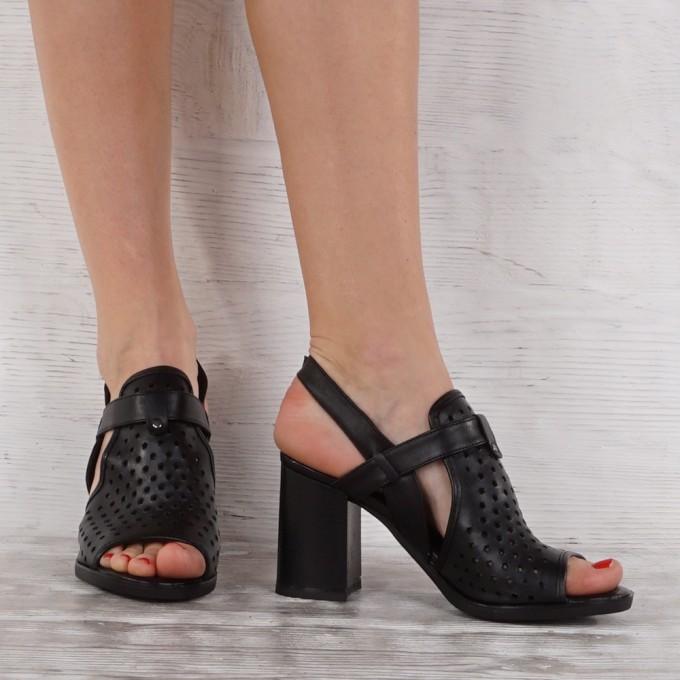 Дамски сандали естествена кожа GS 7117