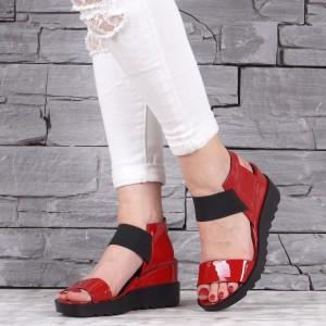 Дамски сандали естествен лак GS 2145